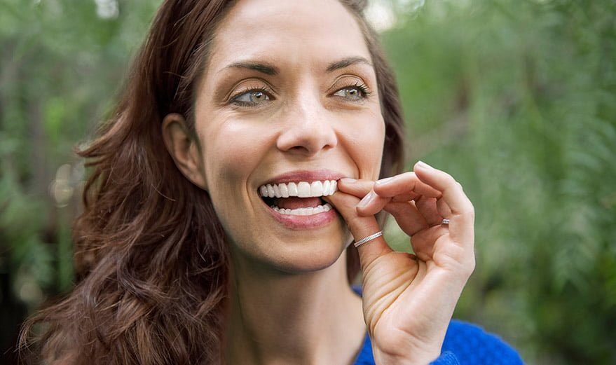 When extracting a front tooth makes sense with Invisalign